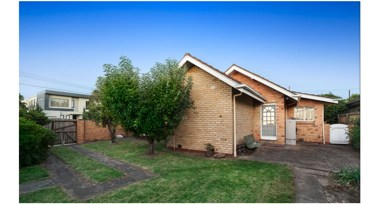 A 3 bedroom family sized house that is ready to move in now