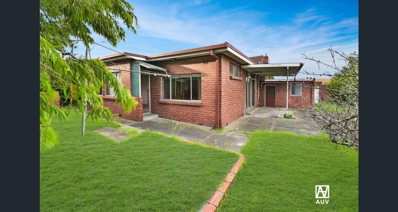 4 Bedroom Family Haven In Bentleigh Secondary Zone