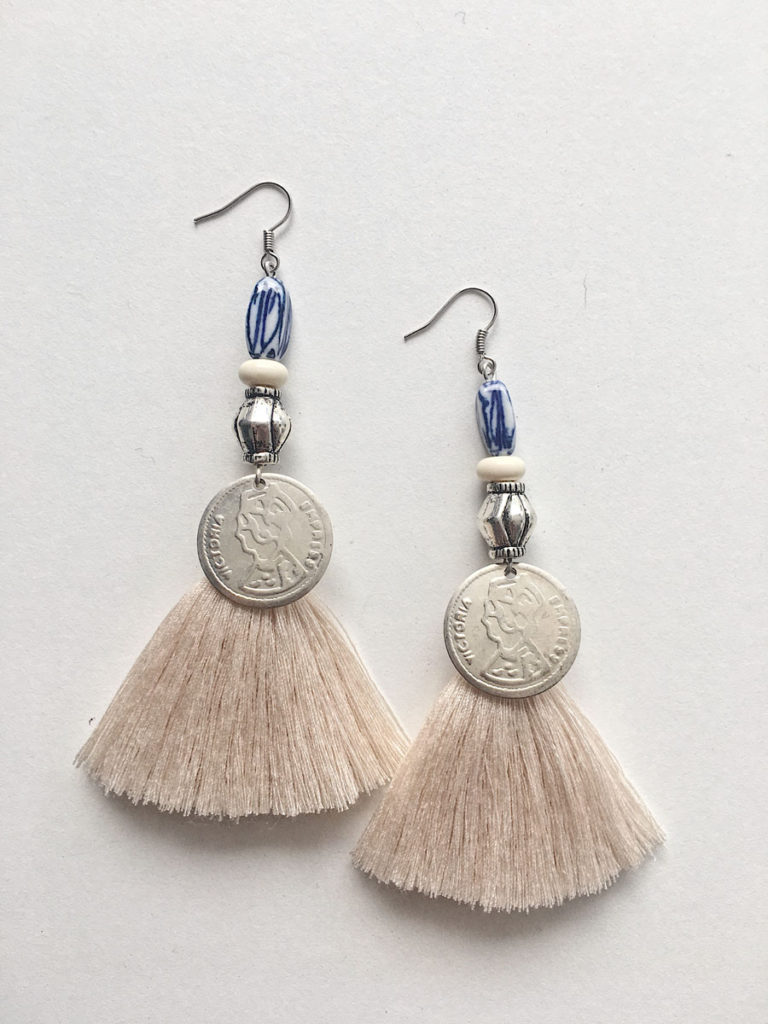 Natalie Alamein Arabella Cream Earrings S