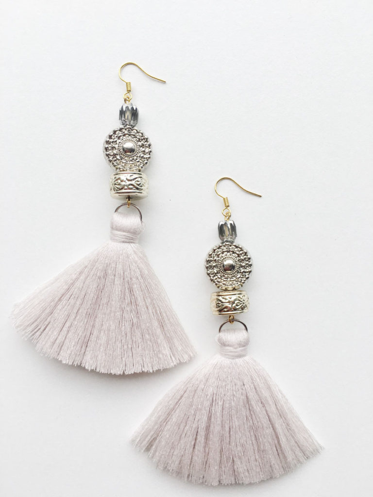 Natalie Alamein Verena Cream Earrings S