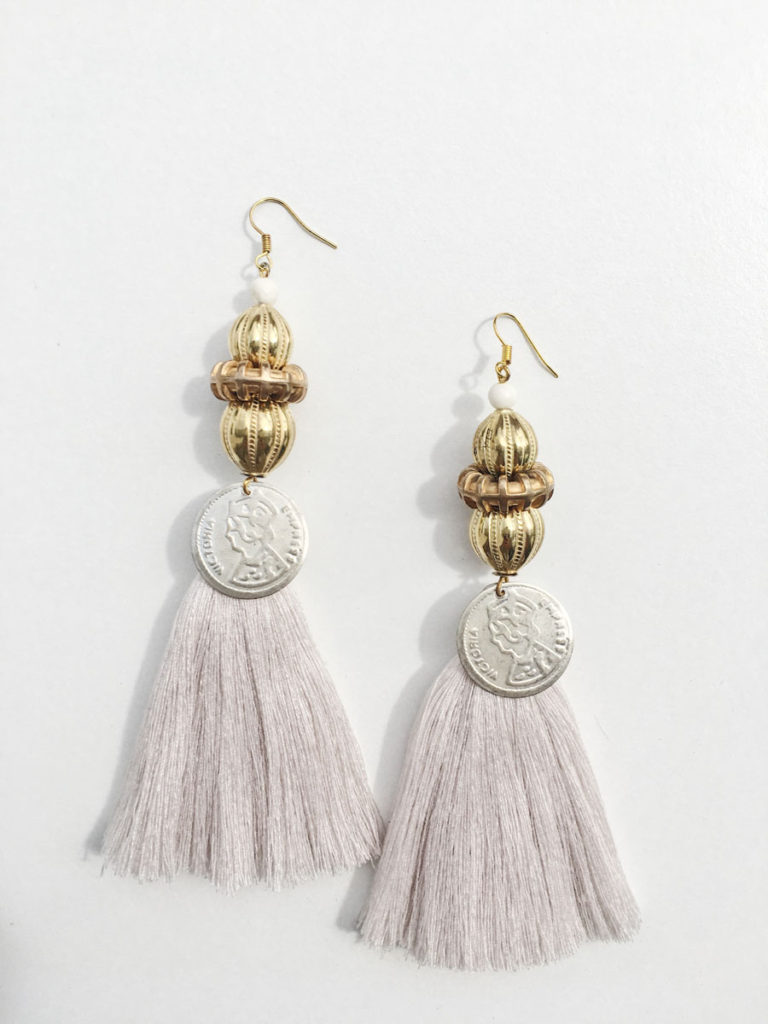 Natalie Alamein Antoinette Cream Earrings L