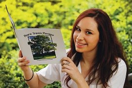 Willetton Senior High School student Stefanie Bruder with her book. Picture: Marcelo Palacios www.communitypix.com.au d408158