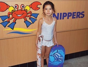 Acacia Flynn suffers severe eczema and rubber anaphylaxis but Mandurah Aquatic and Recreation Centre staff have helped her enjoy hassle-free swimming lessons.