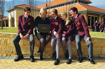 Cyber safety expert Susan McLean with Mandurah Catholic College students Steven Clune, Niamh Hurley, Caitlin Briggs and Joeseph O'Brien. Picture: Jon Hewson d404989