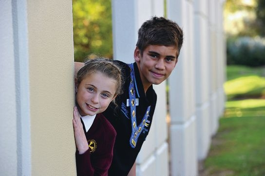 Junior deputy mayor Isabella Pustkuchen (11) and junior mayor Charlie Dann (13). Picture: Jon Hewson