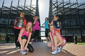 Jessica Matta, Jess Davies, Amy Hold, Nadia Bischof, Laura Bainbridge and Elinor Birch are taking part in the Community Campus Dash fun run. Picture: Emma Reeves www.communitypix.com.au d406957