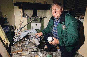 Morris Danks, president of Kwinana Heritage Group, surveys the damage done by the hooligans to the historic cottage. Picture: Elle Borgward www.communitypix.com.au d407212