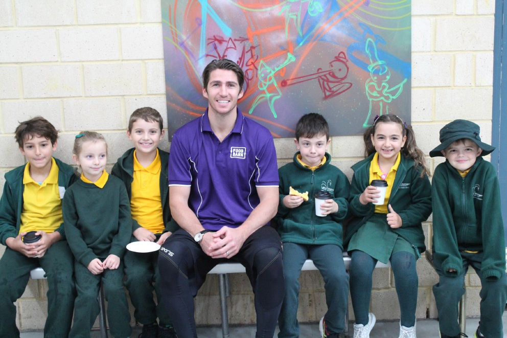 Damian Martin with Lake Monger Primary students