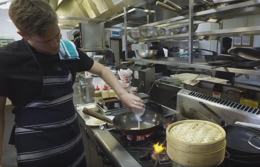 Clancy's Fish Pub – Crab Shack Thursdays