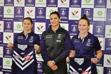 Fremantle's marquee players Kiara Bowers and Kara Donnellan with coach Michelle Cowan (centre).