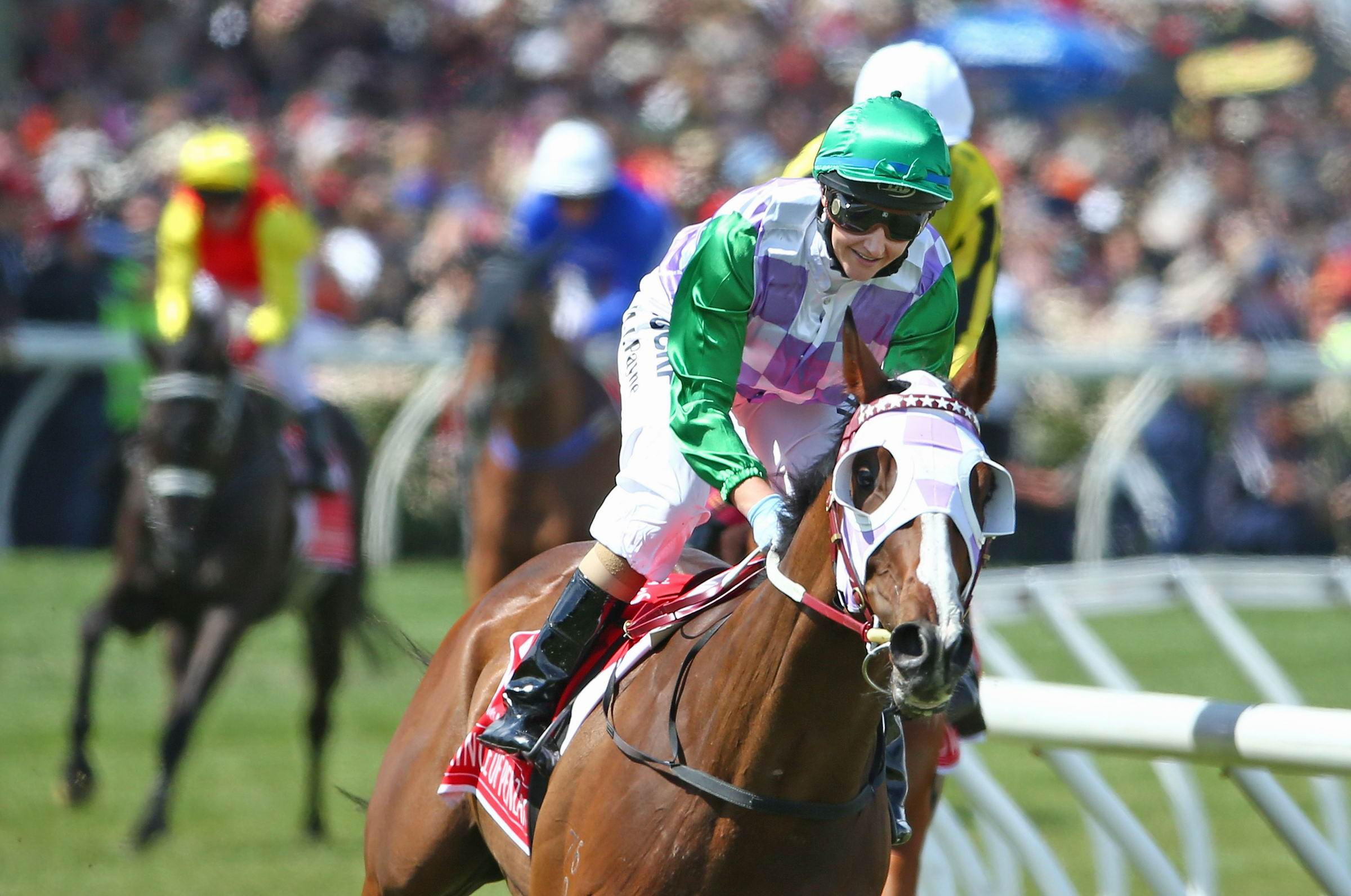 Michelle Payne wins aboard Prince of Penzance in 2015. Photo: Getty