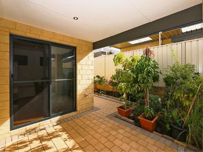 Aubin Grove, 8/31 Peppermint Gardens – $399,000