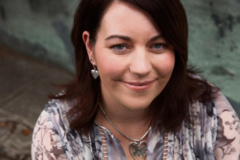 Boya author Rachael Johns.