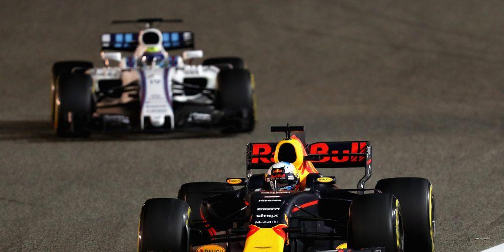 Daniel Ricciardo leads Felipe Massa during the Bahrain Formula One Grand Prix.  Picture: Clive Mason/Getty Images