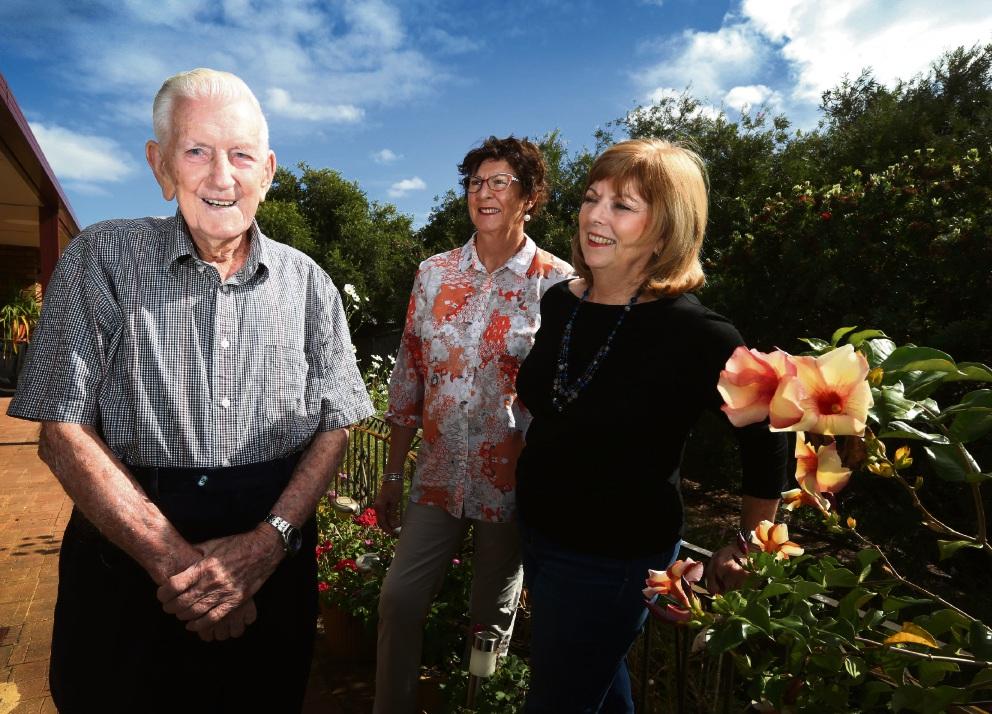 John Gilmour, Cheryl Mellor and Jan Stewart. Picture: Matt Jelonek