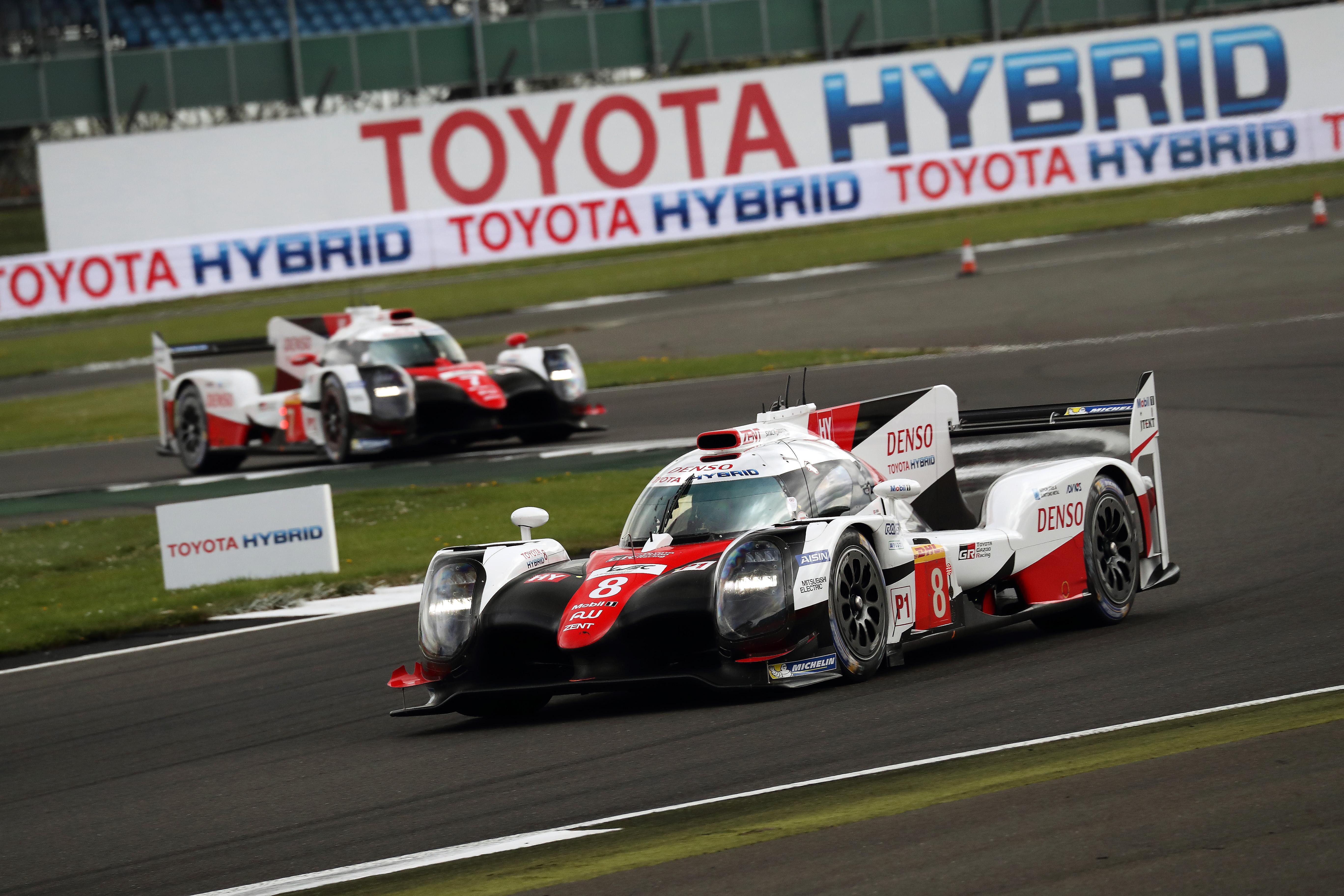 Toyota's Buemi endures