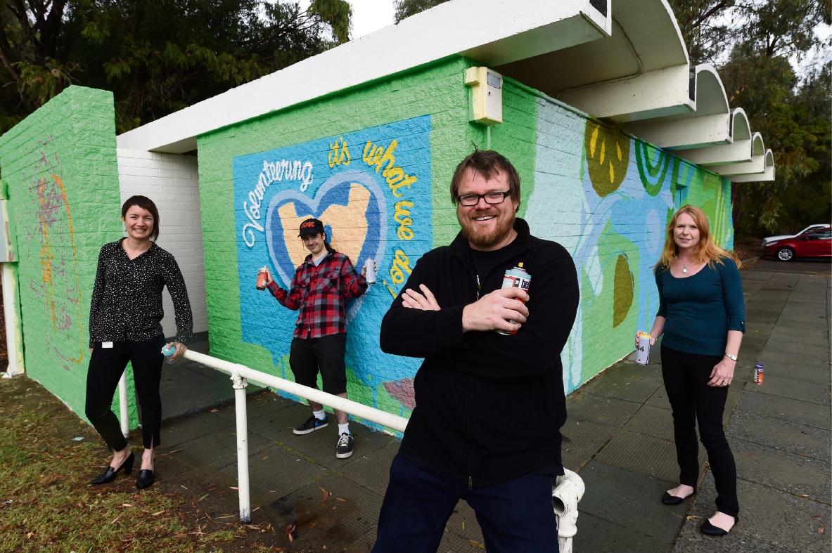 Renae Gillespie (Melville Volunteer Centre), Matthew McKeown (Volunteer), Dan Duggan (Artist) and Sarah Stevenson (Melville Volunteer Centre). Picture: Jon Hewson