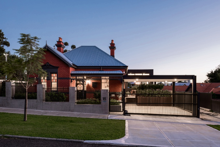 The block 2017 meet the wa couple touted as the ones to Home renovation channel