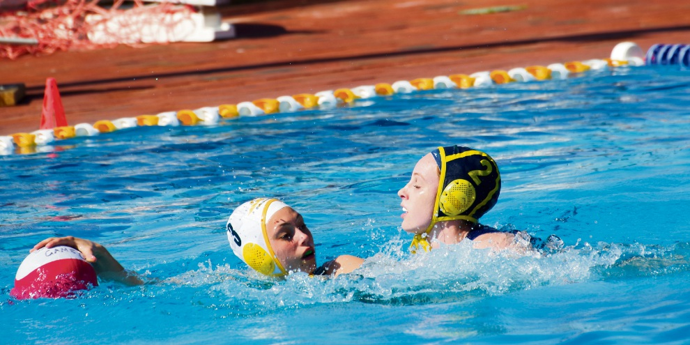 Applecross' Sarah Leavy defended by Riley Davidson from Triton.