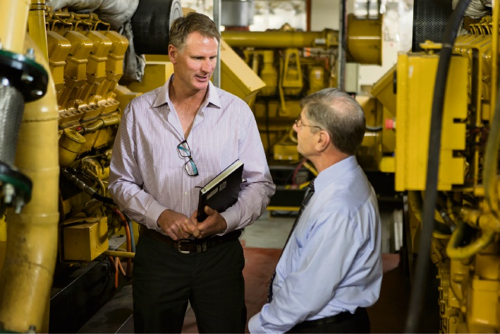 Amanda Energy's managing director Martin Jurat helping a Perth business owner save money.
