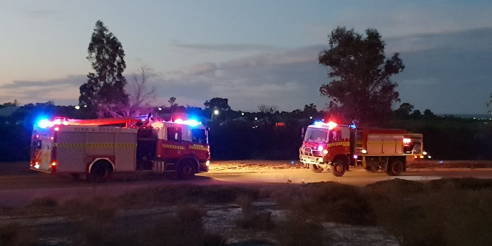 UPDATE: Ellenbrook Police call for witnesses to 'suspicious' fire as bushfire advice remains in place