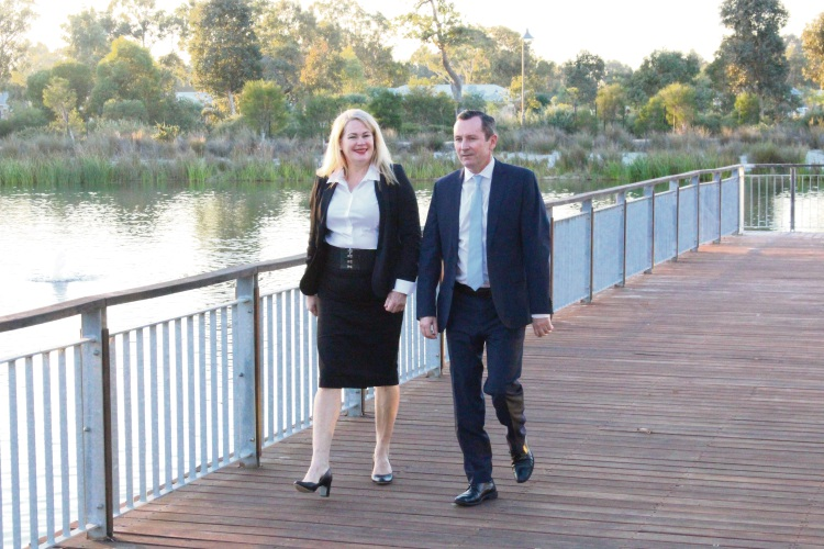 Colleen Yates with Premier Mark McGowan.