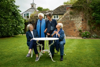 Maggie Smith, Joan Plowright, Eileen Atkins and Judi Dench in Tea With The Dames.
