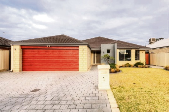 Listed by Professionals from $499,000, 5 Olivine Gardens, Wattle Grove last sold for $237,00 in 2009, Corelogic data shows.
