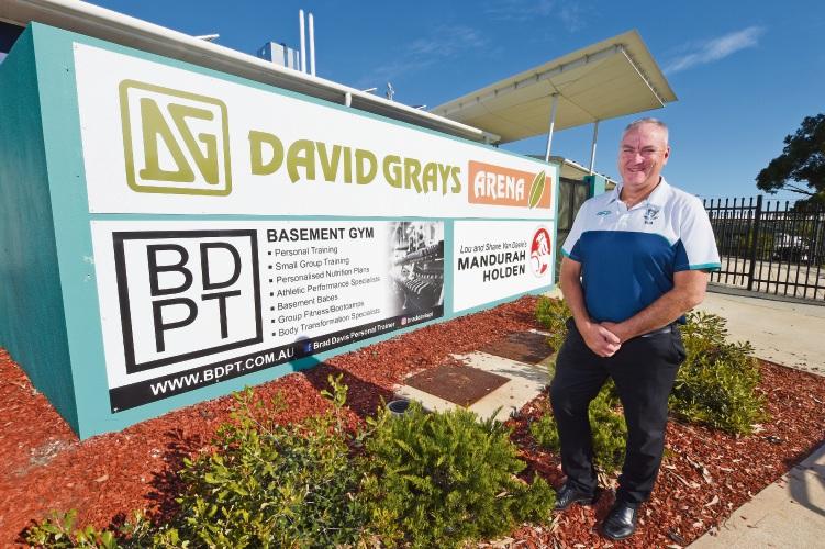 David Grays Aglink general manager Warren Stirrat.