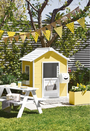 Kids' outdoor retreat. Dulux Australia. Stylist: Bree Leech.