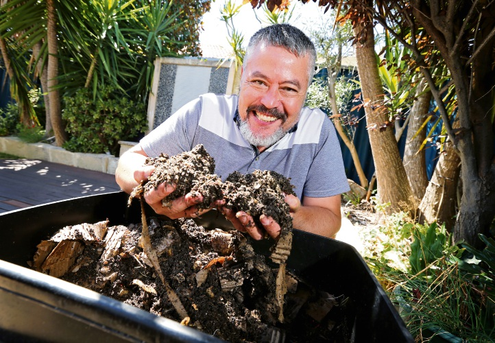 A Bayswater gardener highlights benefits of home composting