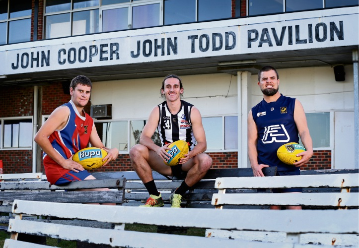 L-R: Jayson Mann (Coolbinia Football Club), Denzel More (Swan Districts Football Club) and Geoff Stewart (Willetton Football Club).  Picture: David Baylis www.communitypix.com.au   d493693