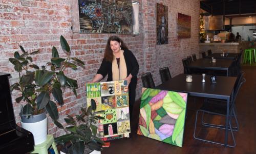 Bassendean artist Jill Ruse at O2 Café. Picture: Kristie Lim