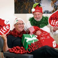 Donor Andrew Smith, of Edgewater, with session leader Nigel Self at the Lifeblood Donor Centre in Edgewater.  Picture: David Baylis d497199