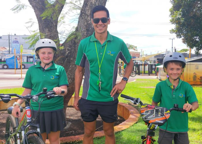 Yanchep Beach Primary School teacher Kristofer Mihal with students Amelia Dall and Johnny Garepo. Picture supplied