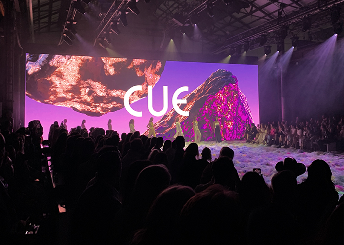 CUE PREVIEWS SUMMER 21 COLLECTION AT AFTERPAY AUSTRALIAN FASHION WEEK
