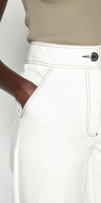Pants | Topstitched Cropped Pant