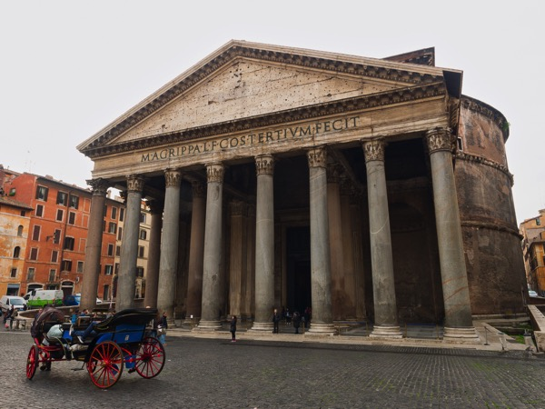 20171125 Pantheon Piazza