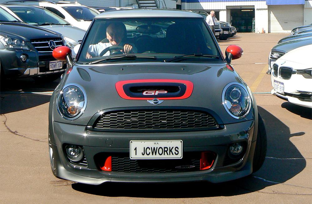 John-in-Mini-Front-on