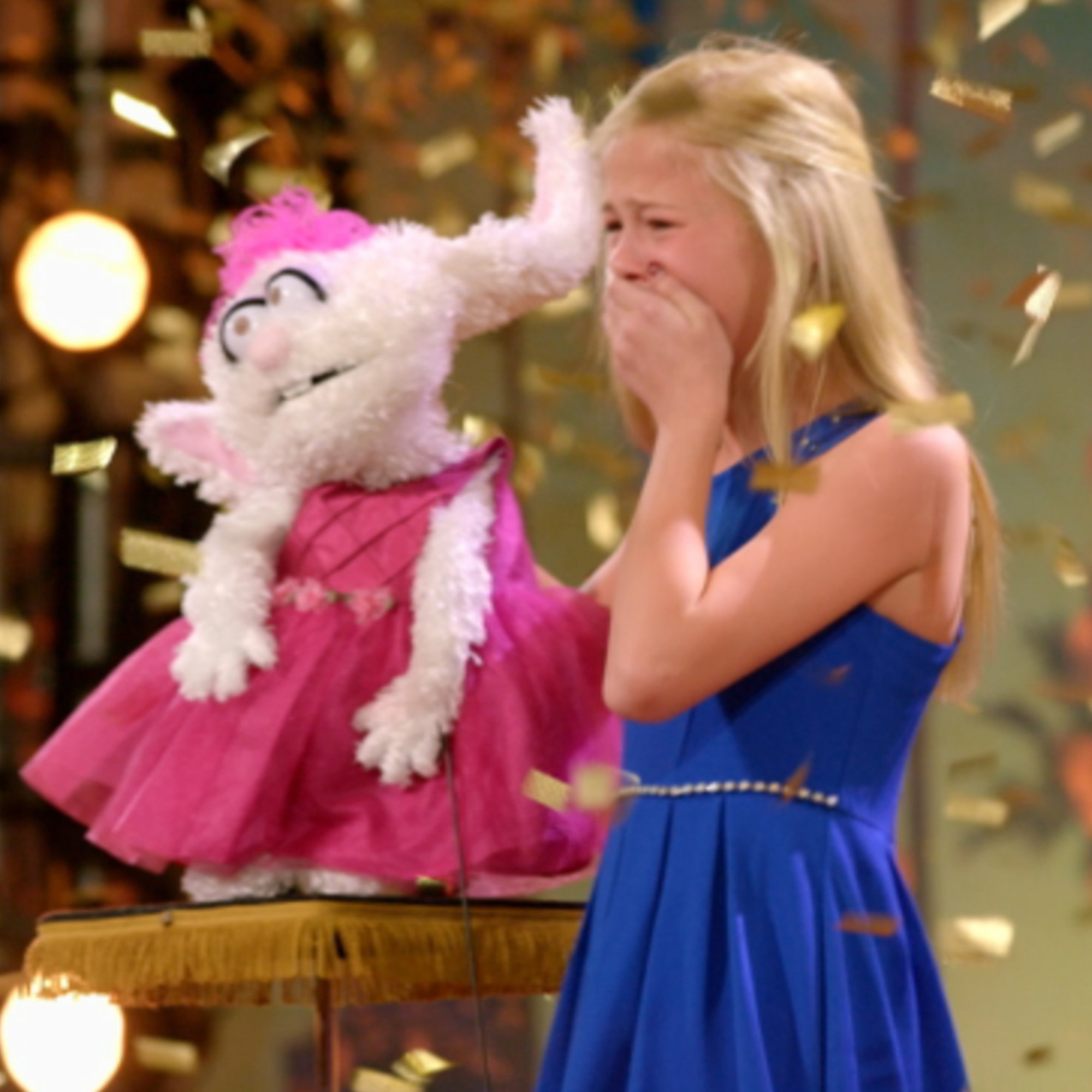 America's Got Talent Darci Gets The Gold Buzzer