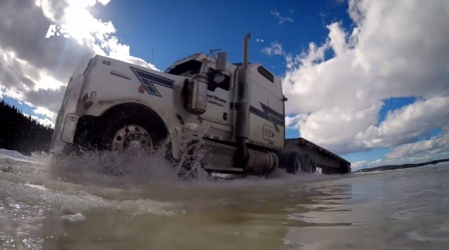 ice road truckers Don't miss tonight's new episode of ice road truckers at 10/9c on discovery  #hammerdown #iceroadtruckers #media #tv #history #discovery #originalproductions #.