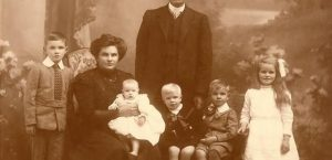 WA-1-Andrew-Fisher-Family-1914