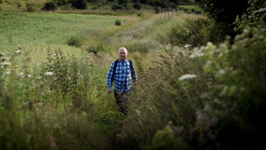 Britain's Ancient Tracks with Tony Robinson – Sneak Peek