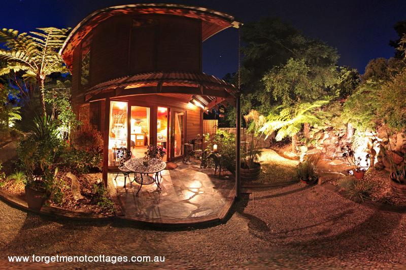forget me not cottages warburton flight centre. Black Bedroom Furniture Sets. Home Design Ideas