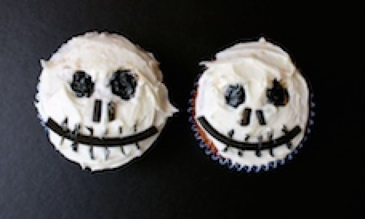 Halloween Jack Skellington cupcakes
