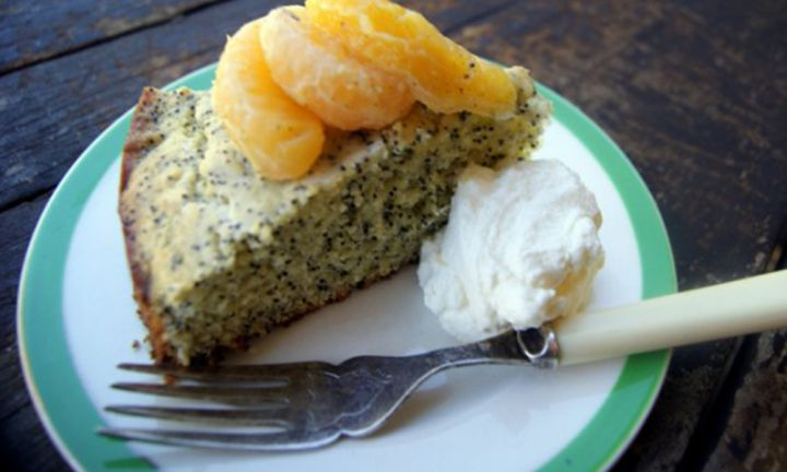 Poppy seed cake with roasted vanilla and rosemary oranges