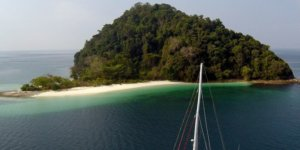 Eight Enticing Water Adventures to Have While Sailing in the Southern Mergui Region