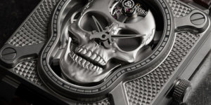 A detailed look at the Bell & Ross BR01 Laughing Skull