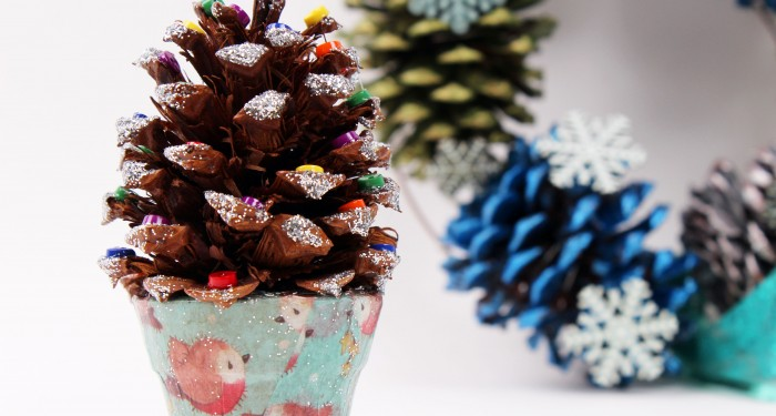 mini sparkle pine cone christmas craft mylittlestylefile