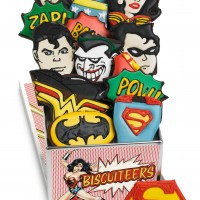PRODUCTS_BIscuiteers_Super_Hero_Tin